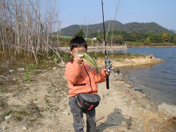 青野ダムバス釣り